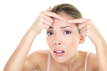 What Is the Difference Between Blackheads and Pimples?