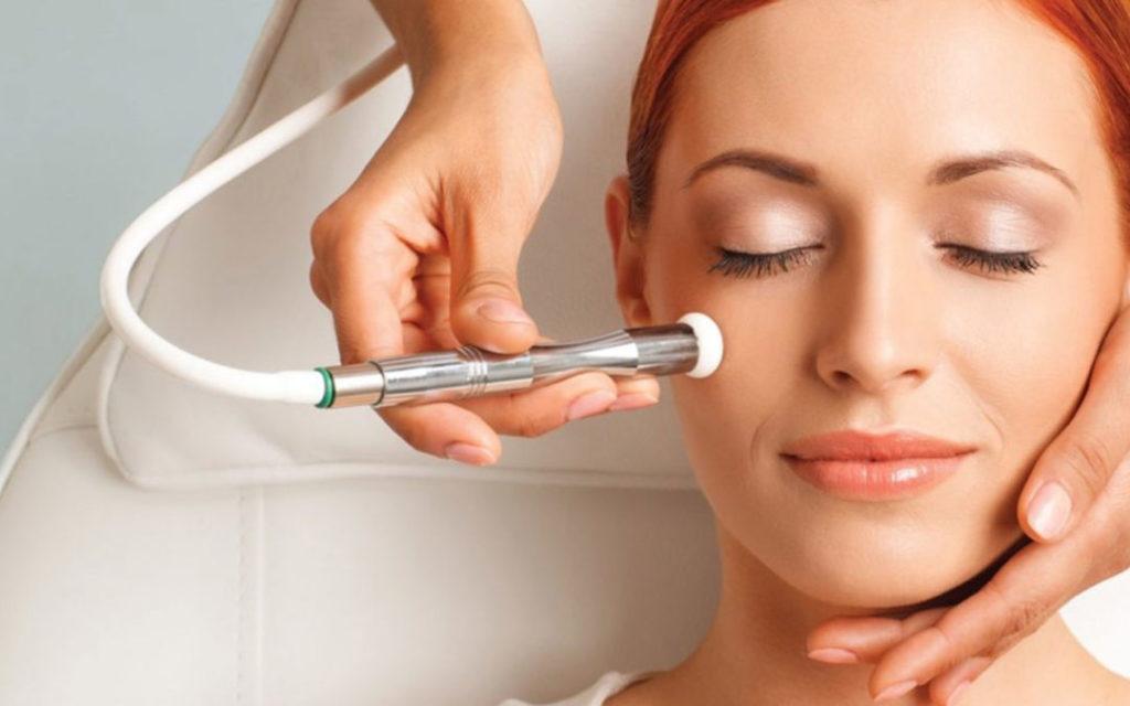 How Does Laser Skin Tightening Work?